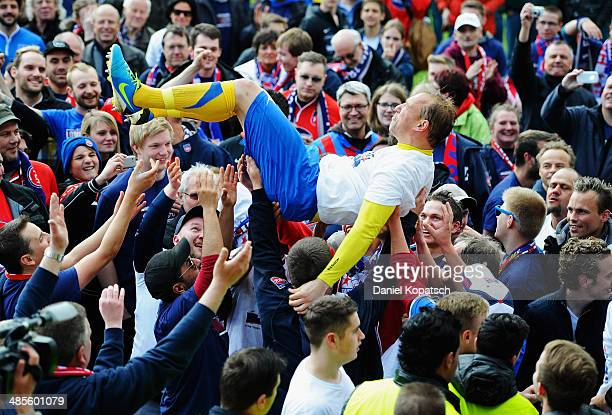 Erol Sabanov of Heidenheim celebrates with supporters of Heidenheim after the third Bundesiga match between SV Elversberg and 1. FC Heidenheim on...