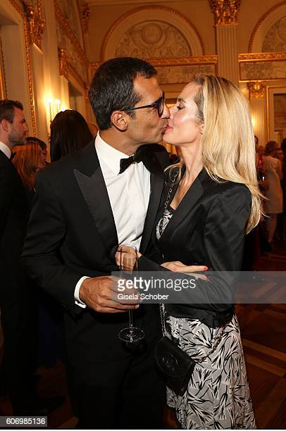 Erol Sander and his wife Caroline Goddet during the traditional Buehnendinner 2016 at Bayerische Staatsoper on September 16 2016 in Munich Germany