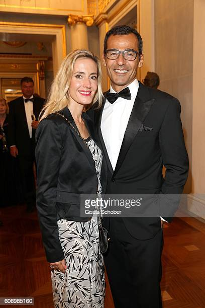 Erol Sander and his wife Caroline Goddet during the traditional Buehnendinner 2016 at Bayerische Staatsoper on September 16 2016 in Munich Germany