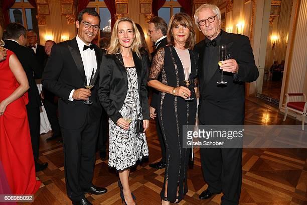 Erol Sander and his wife Caroline Goddet Guenther Maria Halmer and his wife Claudia Halmer during the traditional Buehnendinner 2016 at Bayerische...