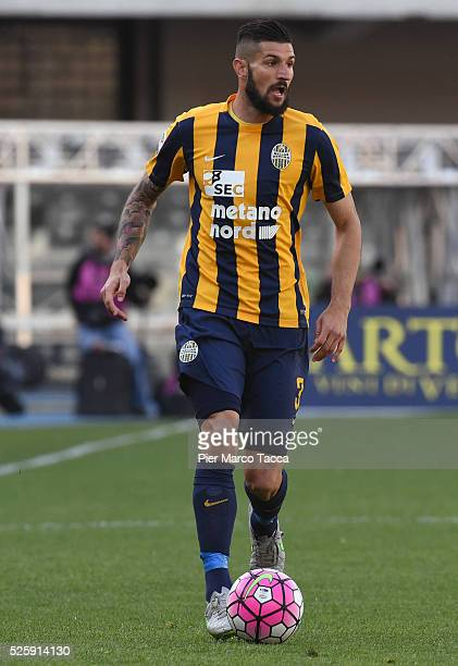 Eros Pisano of Hellas Verona in action during the Serie A match between Hellas Verona FC and AC Milan at Stadio Marc'Antonio Bentegodi on April 24...