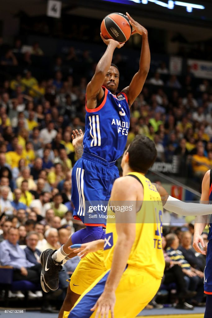 Errick McCollum, #3 of Anadolu Efes Istanbul in action during the 2017/2018 Turkish Airlines EuroLeague Regular Season Round 7 game between Maccabi Fox Tel Aviv and Anadolu Efes Istanbul at Menora Mivtachim Arena on November 14, 2017 in Tel Aviv, Israel.