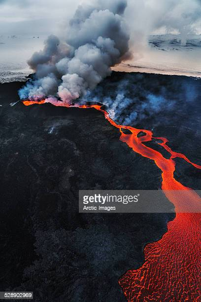 eruption, holuhraun, bardarbunga volcano, iceland - volcanic terrain stock pictures, royalty-free photos & images