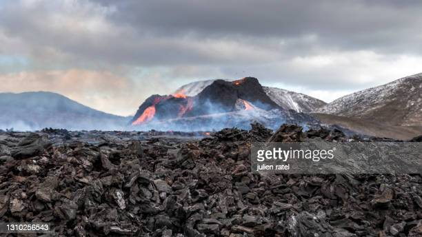 eruption in iceland in march 2021 - volcanic activity stock pictures, royalty-free photos & images