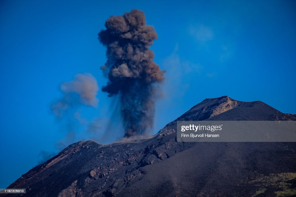 Eruption on the vulcanic aeolian island of stromboli in italy : Stock Photo