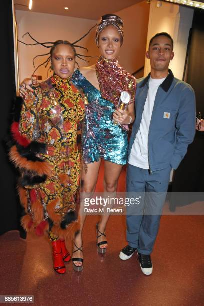 Erykah Badu Adwoa Aboah winner of Model of the Year and Loyle Carner pose backstage at The Fashion Awards 2017 in partnership with Swarovski at Royal...