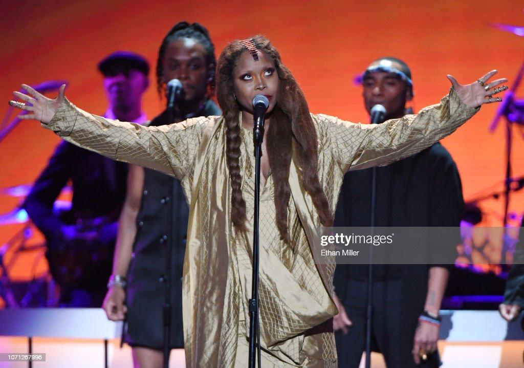 BET Presents: 2018 Soul Train Awards - Show : News Photo