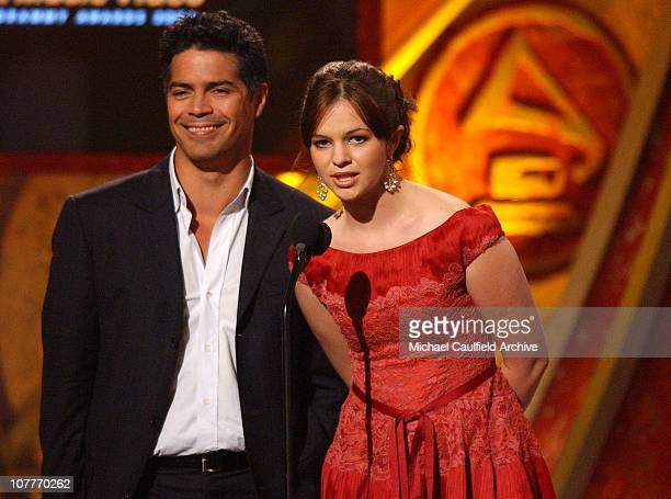 Esai Morales and Amber Tamblyn present Best Music Video Award