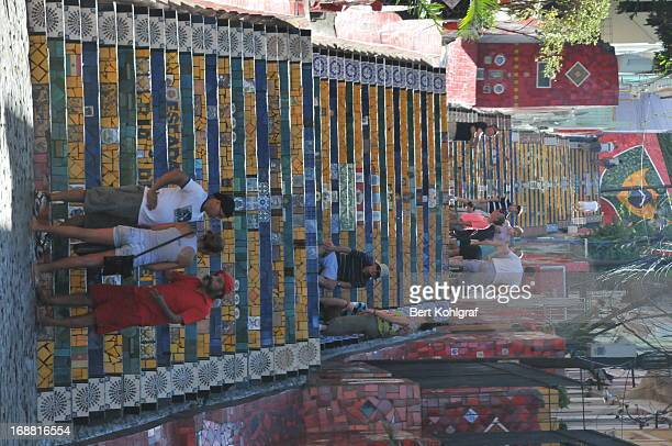 Escadaria Selaron, Rio de Janeiro Chilenischer Künstler Jorge Selarón verstarb mysteriös Maler und Keramiker wurde in Rio de Janeiro tot aufgefunden...