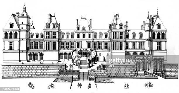 L'escalier en fer à cheval dans la cour du château de Fontainebleau France