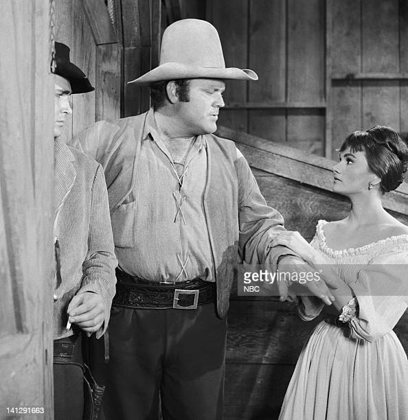 BONANZA Escape to Ponderosa Episode 25 Aired 3/5/60 Pictured Dan Blocker as Eric 'Hoss' Cartwright Gloria Talbott as Nedda Photo by NBCU Photo Bank