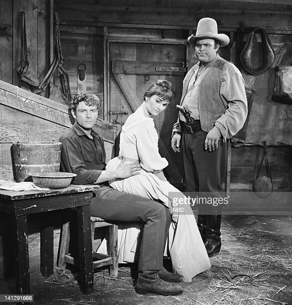 BONANZA Escape to Ponderosa Episode 25 Aired 3/5/60 Pictured Grant Williams as Lt Paul Tyler Gloria Talbott as Nedda Dan Blocker as Eric 'Hoss'...