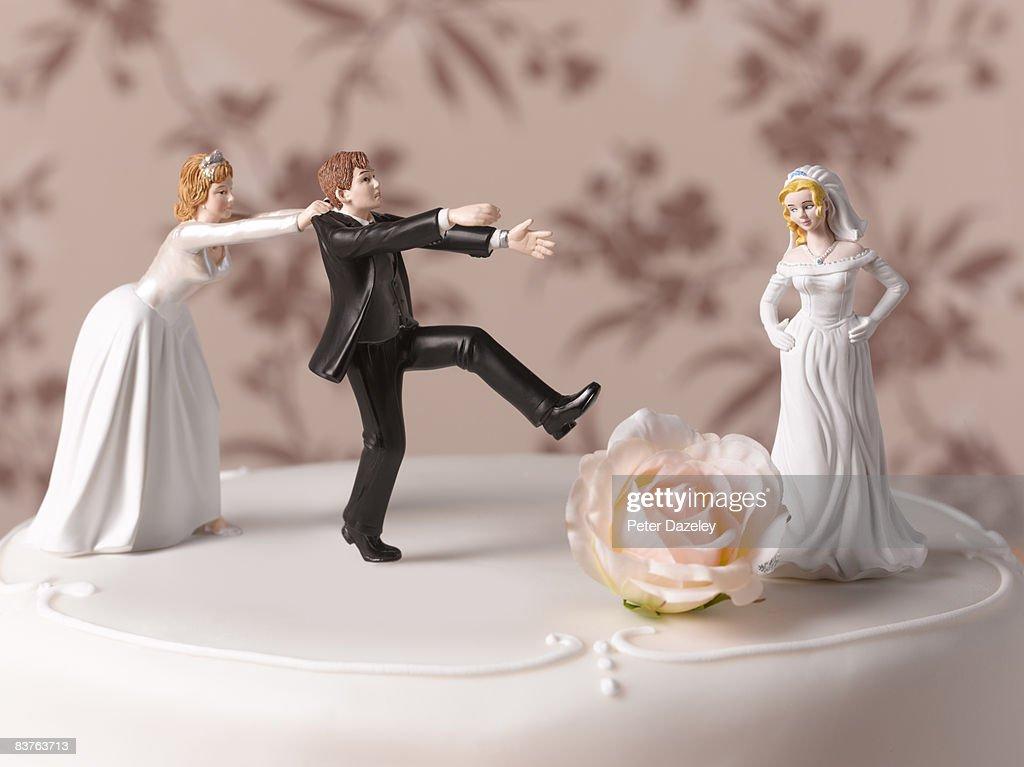 Escaping Bride Groom  : ストックフォト