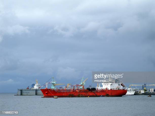 eships eagle chemical / oil products tanker, malabo harbor, equatorial guinea - malabo stock pictures, royalty-free photos & images
