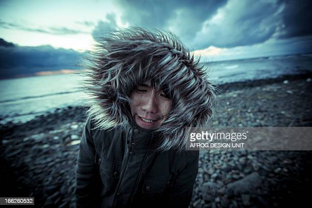 eskimo style - inuit stock pictures, royalty-free photos & images