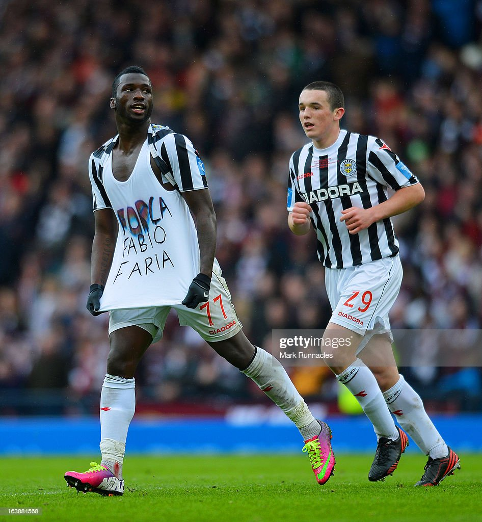 Esmael Goncalves of St Mirren celebrates after scoring a goal during the Scottish Communities League Cup Final between St Mirren and Hearts at Hampden Park on March 17, 2013 in Glasgow, Scotland.