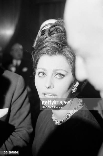 Espagne février 1963 Le tournage du film américain La chute de l'Empire romain d'Anthony Mann avec Sophia LOREN Ici l'actrice photographiée en gros...