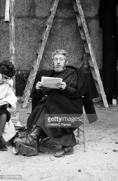 Espagne février 1963 Le tournage du film américain 'La chute de l'Empire romain' d'Anthony Mann Ici l'acteur britannique Alec GUINNESS en costume de...