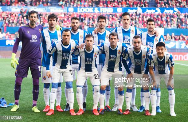 Espanyol line up for a team photo prior to the Liga match between CA Osasuna and RCD Espanyol at El Sadar Stadium on March 08 2020 in Pamplona Spain