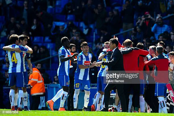 Espanyol players celebrate after Pape Diop of RCD Espanyol scores his team's first goal during the La Lga match between Real CD Espanyol and Athletic...