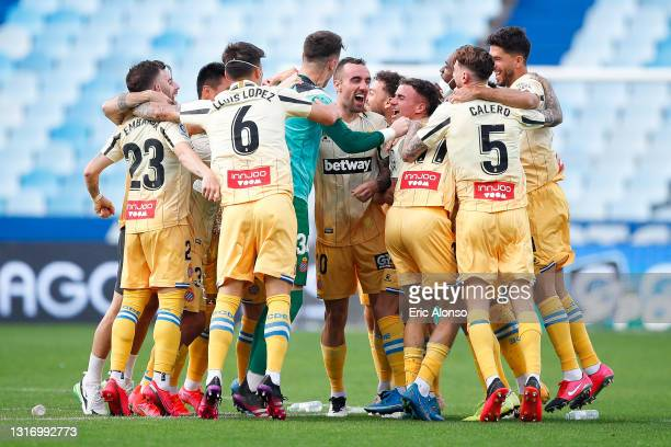 Espanyols players celebrates the promotion to the first division league during the Liga Smartbank match betwen Real Zaragoza and RCD Espanyol at La...