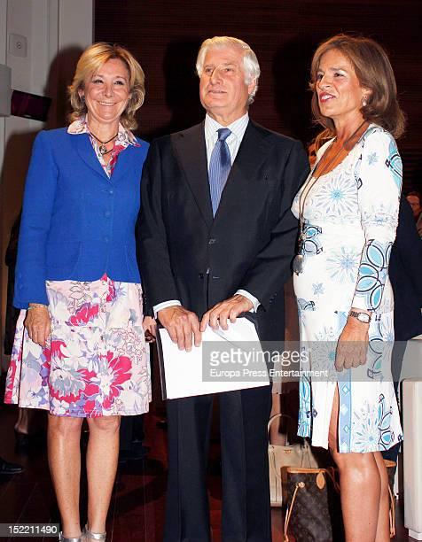 Esperanza Aguirre, Duke of Huescar Carlos Fitz-James Stuart and Ana Botella attend the presentation of 'El Legado Casa de Alba' painting exhibition...