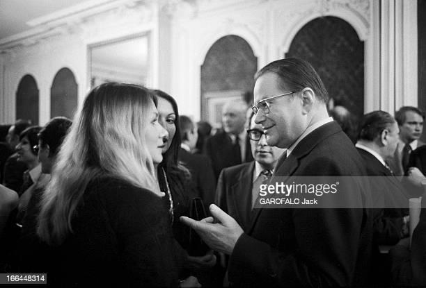 Russian Spies In France. Paris- 29,3 0 mars 1976- Le KGB, le plus puissant et le plus habile des services de renseignements du monde a fait de Paris...