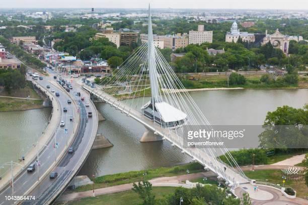 esplanade riel bridge in winnipeg, manitoba, canada - winnipeg stock pictures, royalty-free photos & images