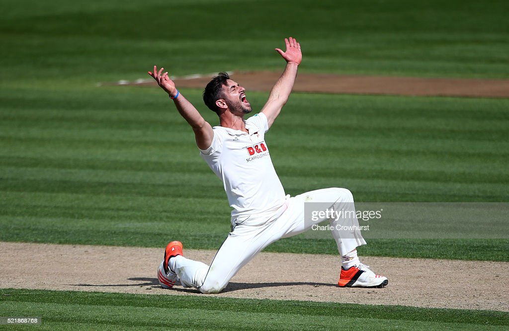 Sussex v Essex - Specsavers County Championship Division Two