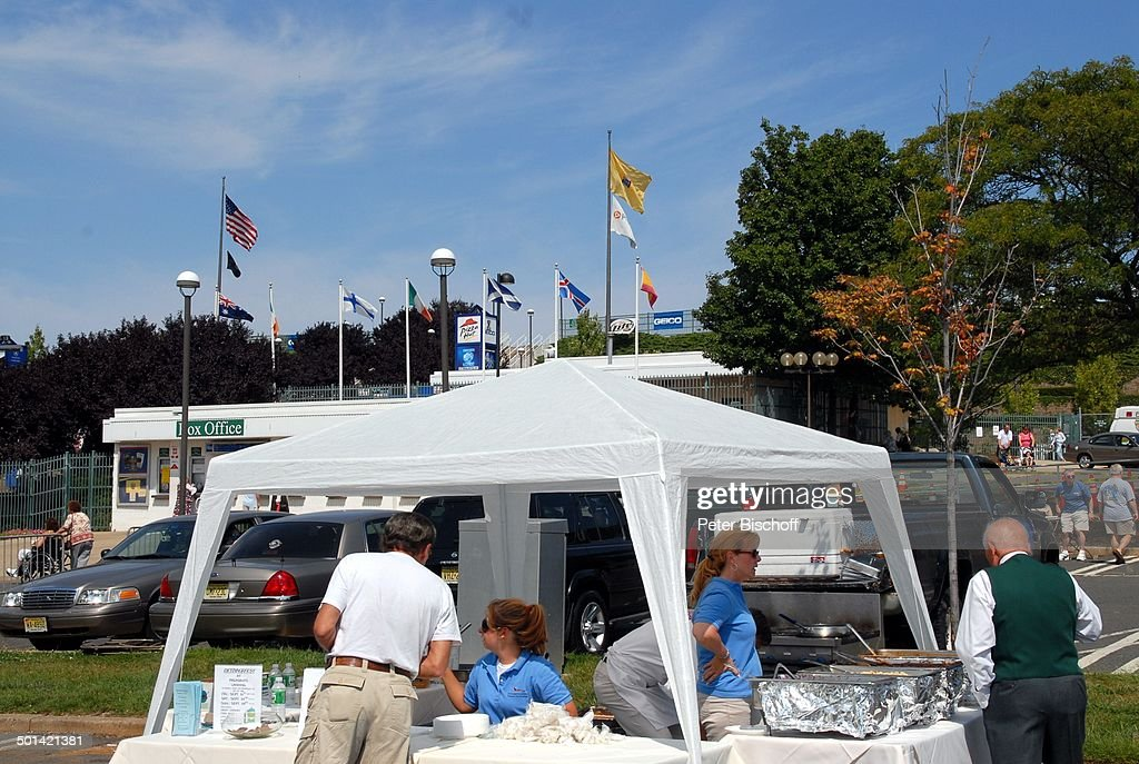 EssStand 34 U0027German Heritage Festivalu0027 Garden StateArt Center New Jersey  Bei New York Amerika