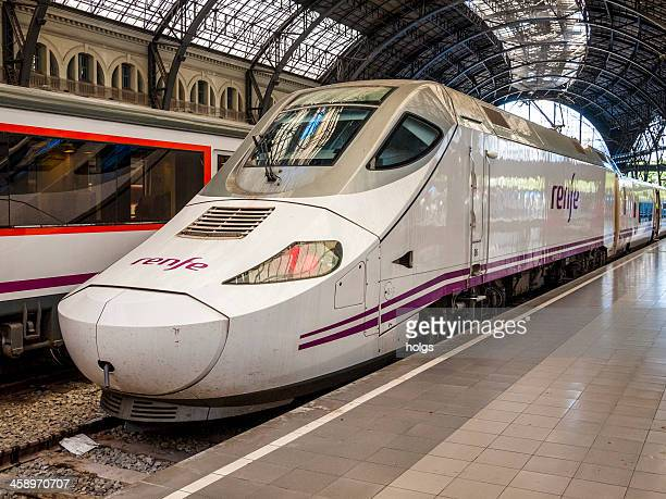 estacio de franca train station barcelona, spain - alta velocidad espanola stock pictures, royalty-free photos & images