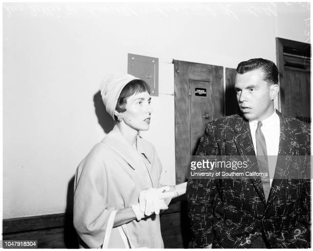 Estate fight, 16 June 1958. Rowena M Bell ;Ann Stafford ;Mrs Nellie M Russell ;Richard K Bell .;Caption slip reads: 'Photographer: Mitchell. Date: ....