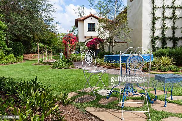estate home - florida landscaping stock pictures, royalty-free photos & images