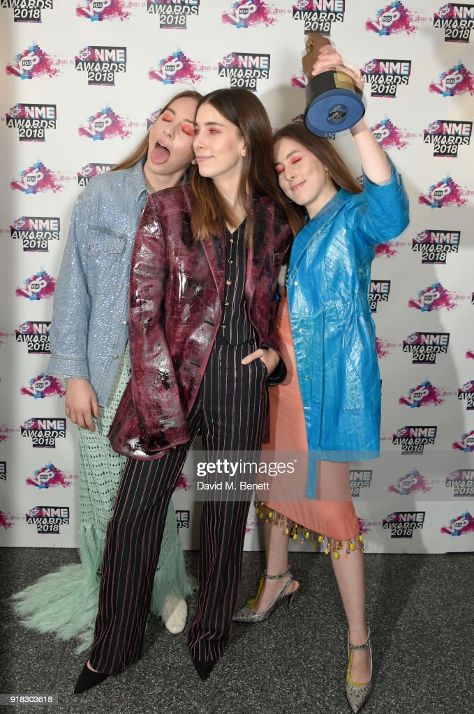 Este Haim, Danielle Haim and Alana Haim of Haim in the winners room during the VO5 NME Awards held at Brixton Academy on February 14, 2018 in London, England.