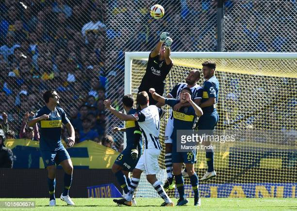 Esteban Andrada of Boca Juniors in action during a match between Boca Juniors and Talleres as part of Superliga Argentina 2018/19 at Estadio Alberto...