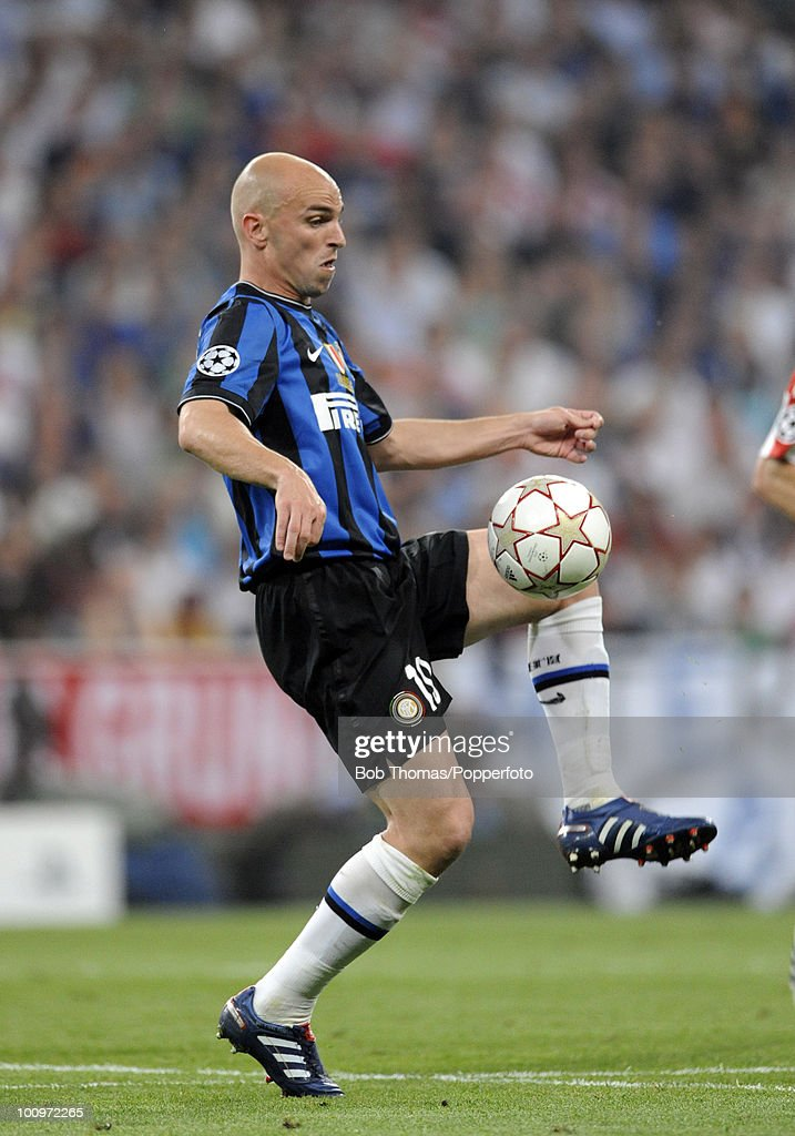 Esteban Cambiasso of Inter Milan during the UEFA Champions League Final match between Bayern Munich and Inter Milan at the Estadio Santiago Bernabeu on May 22, 2010 in Madrid, Spain.