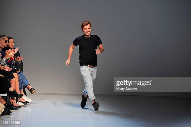 Esteban Cortazar acknowledges the audience during the Esteban Cortazar show as part of Paris Fashion Week Womenswear Spring/Summer 2016 on October 5,...