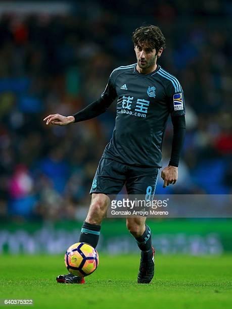 Esteban Granero of Real Sociedad de Futbol controls the ball during the La Liga match between Real Madrid CF and Real Sociedad de Futbol at Estadio...