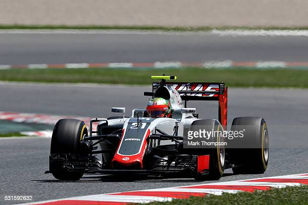 Esteban Gutierrez of Mexico driving the Haas F1 Team HaasFerrari VF16 Ferrari 059/5 turbo on track during the Spanish Formula One Grand Prix at...