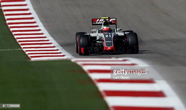 Esteban Gutierrez of Mexico driving the Haas F1 Team HaasFerrari VF16 Ferrari 059/5 turbo on track during qualifying for the United States Formula...