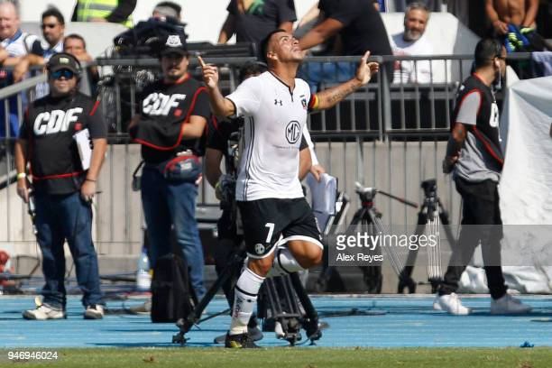 Esteban Paredes of Colo Colo celebrates with teammates after scoring the first goal during a match between U de Chile and Colo Colo as part of Torneo...