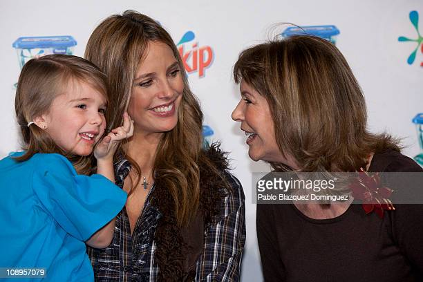 Estefania Luyk her child and Paquita Torres attend 'Skip Fashion Collection' at Real Fabrica de Tapices on February 9 2011 in Madrid Spain