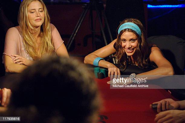 Estella Warren and Shannon Elizabeth at the final table