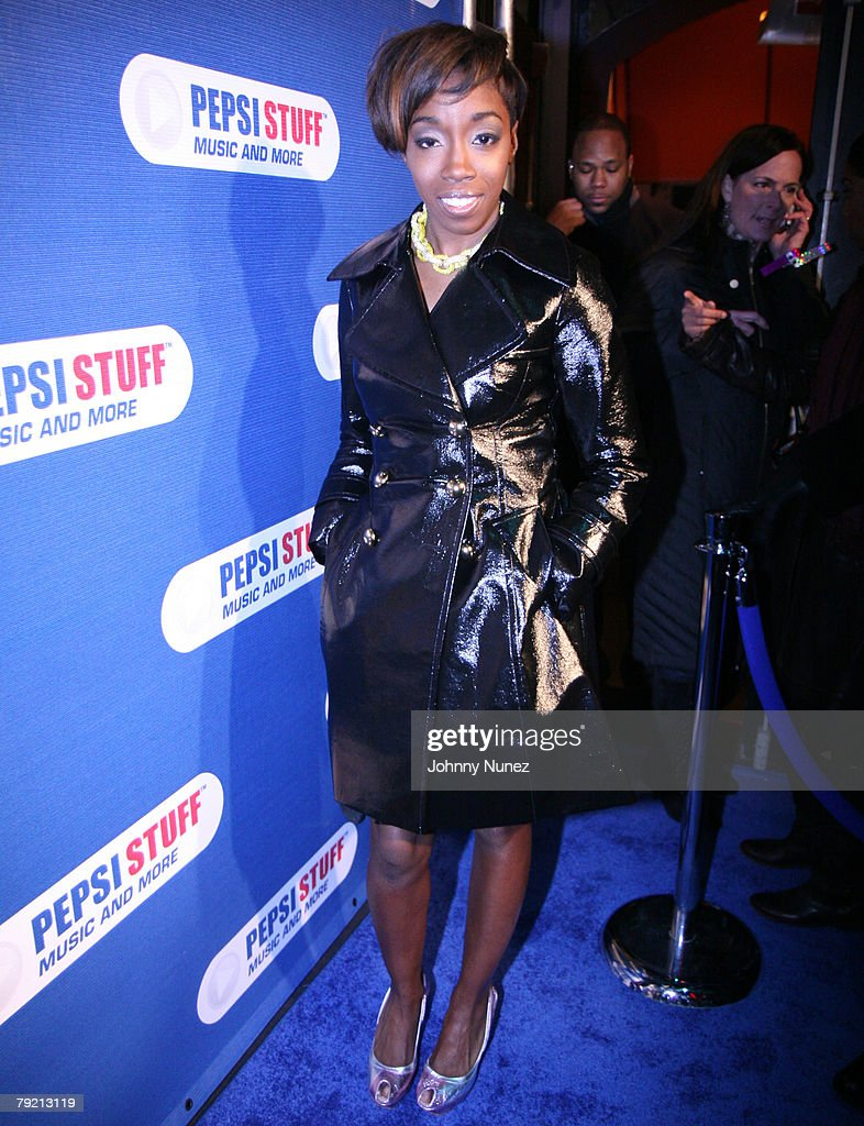 Estelle attends Pepsi Stuff Concert with John Legend and