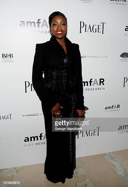 Estelle attends the 2010 amfAR New York Inspiration Gala>> at The New York Public Library on June 3 2010 in New York City