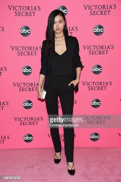 Estelle Chen attends the Victoria's Secret Viewing Party ar Spring Studios on December 2 2018 in New York City