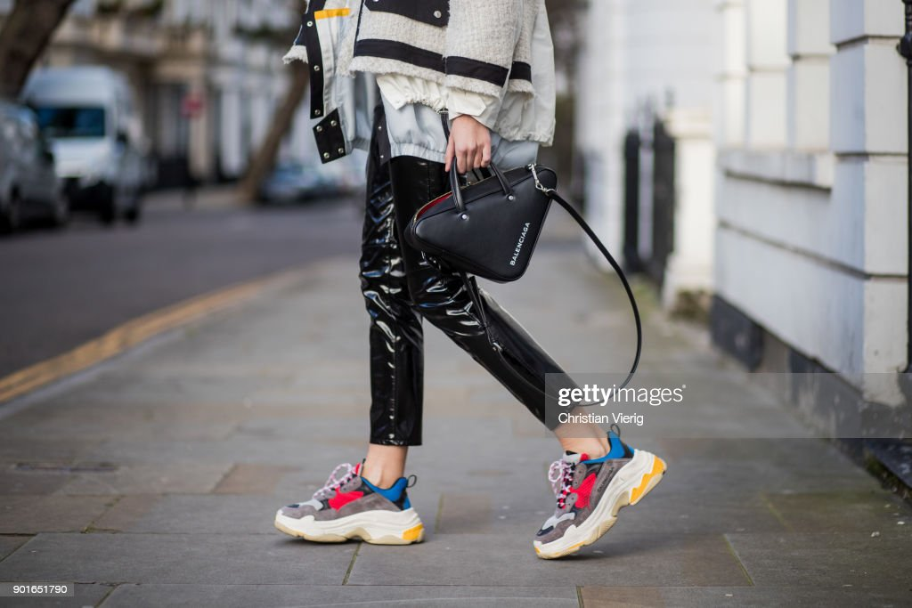Street Style - LFWM January 2018 : News Photo
