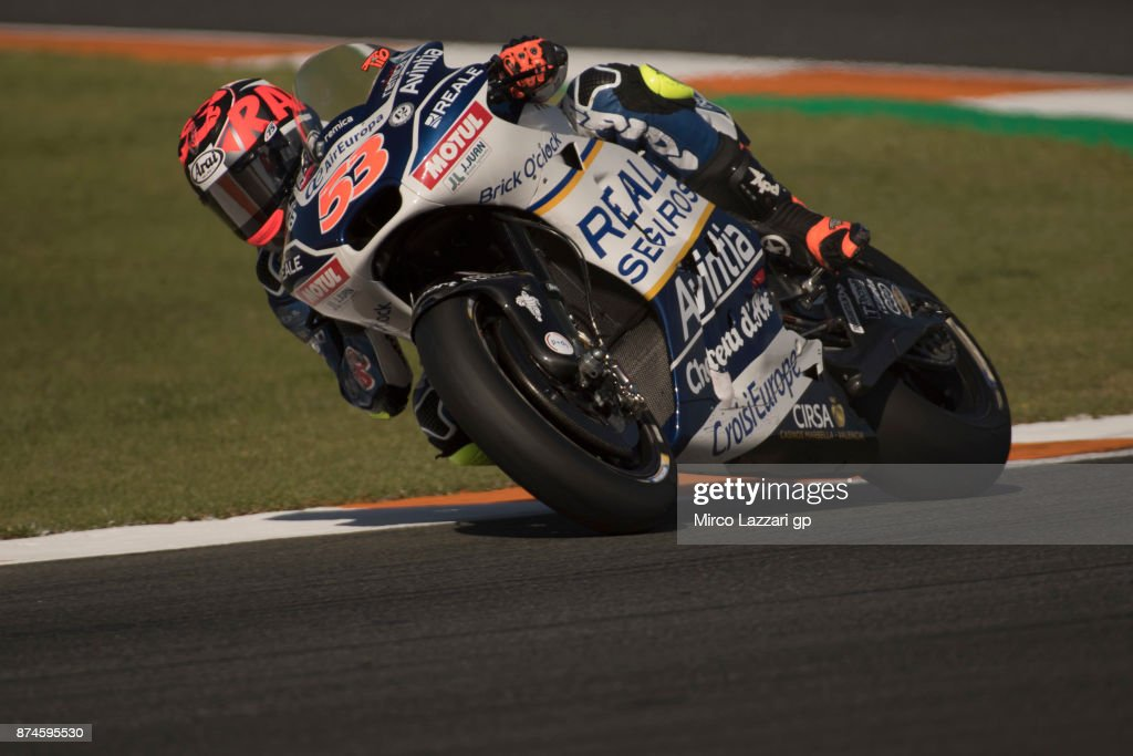 Esteve Rabat of Spain and Reale Avintia Racing rounds the bend during the MotoGP Tests In Valencia day 2 at Comunitat Valenciana Ricardo Tormo Circuit on November 15, 2017 in Valencia, Spain.