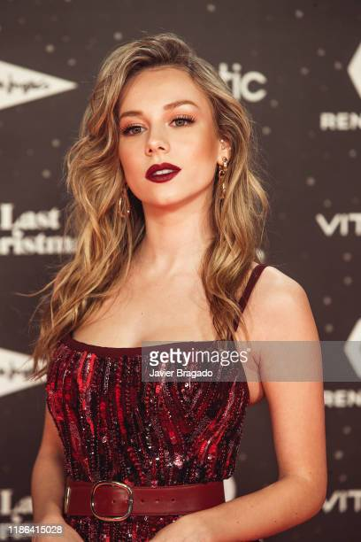 Esther Exposito attends 'Los40 music awards 2019' photocall at Wizink Center on November 08 2019 in Madrid Spain