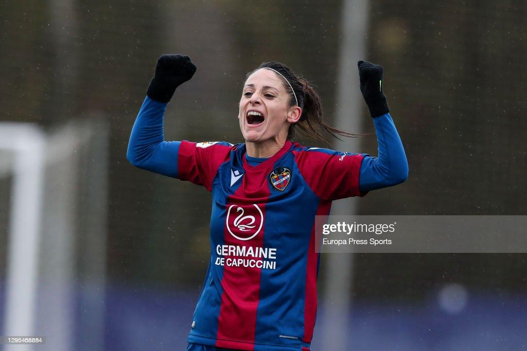 Levante UD V Granadilla De Tenerife - Primera Division Femenina : News Photo